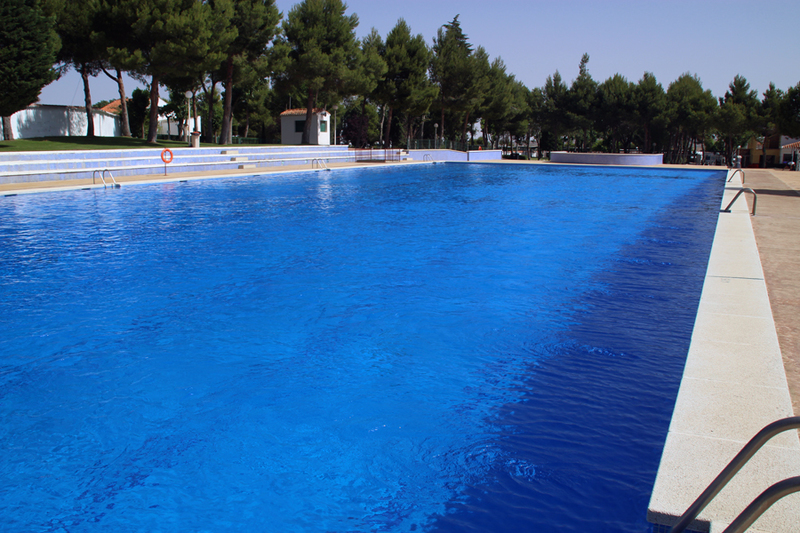 Cuanto vale una piscina piscinas de arena un lujo a tu for Cuanto vale una piscina